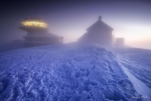 Śnieżka poranek zima
